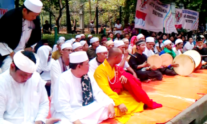 """...Para Pemuka Agama dalam Forum Komunitas Lintas Agama..."" Photo By : Red NRMnews.com"