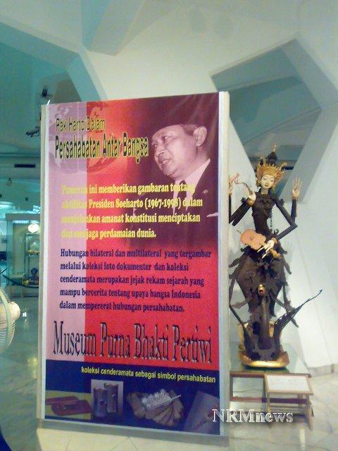 """""""...Pameran Pak Harto dalam Persahabatan Antar Bangsa, yang Berlangsung di Museum Purna Bhakti Pertiwi Jakarta..."""" Photo By : Red NRMnews.com"""