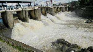 """..Ilustrasi Pintu Air Katulampa...""Photo by : NRMnews.com"