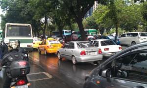 """""""...Ilustrasi Kemacetan Lalulintas di Kota Jakarta..."""" Photo By : Red NRMnews.com"""