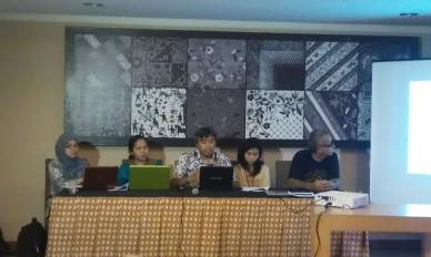 """""""...Para Pembicara dalam Outlook Konflik 2012...""""  Foto by: NRMnews.com"""
