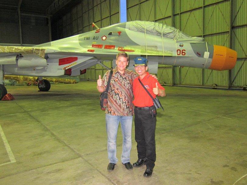 DUA Pesawat JET Tempur RUSIA Sukhoi SU-30MK2 Pesanan INDONESIA, Telah ...