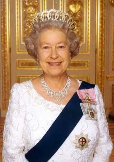 """""""...Ratu Elizabeth II..."""""""