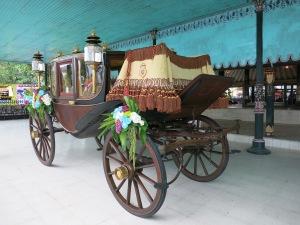 Image result for Kereta kencana keraton paku alaman