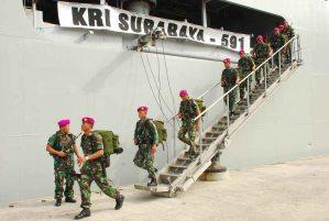 """...Anggota Korps Marinir TNI AL..."" Photo By : Red.NRMnews.com"