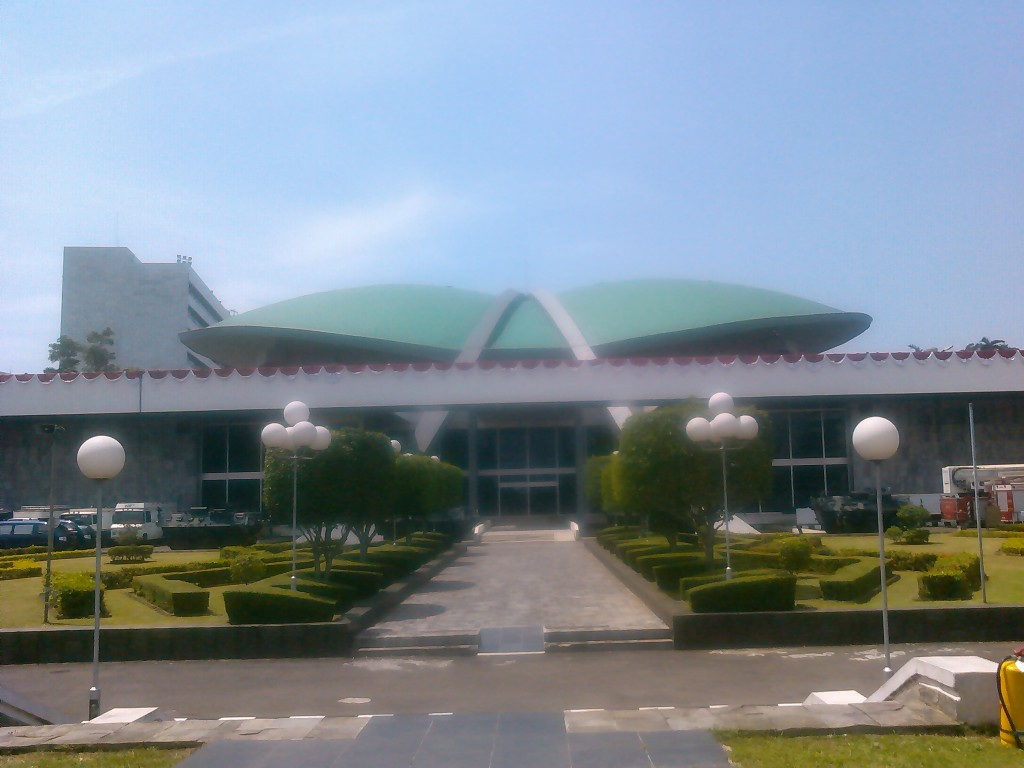 """...Ilustrasi Gedung DPR-RI..."" Photo By : Red.NRMnews.com"