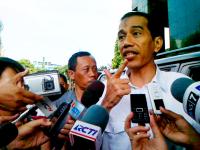 """""""…Presiden Joko Widodo saat Memberikan Keterangan kepada Awak Media…"""" Photo By : Red. NRMnews.com"""