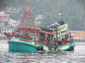 """...Ilustrasi Kehidupan Nelayan Penangkap Ikan..."" Photo By : Red. NRMnews.com"
