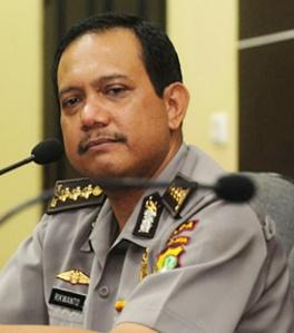 """""""...Kepala Bagian Penerangan Umum Divisi Humas Mabes Polri Komisaris Besar Polisi, Rikwanto..."""""""