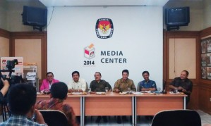 """...Ilustrasi Jalannya Konferensi Pers di Media Center Kantor KPU Jakarta..."" Photo By : Red. NRMnews.com"