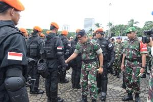 """..Panglima TNI Gatot Nurmantyo..."""