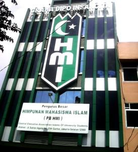 """""""...Kantor Pusat Pengurus Besar Himpunan Mahasiswa Islam, Jakarta..."""""""
