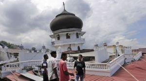 """""""...Ilustrasi kerusakan akibat gempa di Pidie, Aceh..."""""""