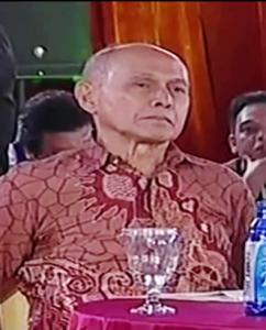 """""""...Mayjen TNI (Purn) Kivlan Zein...."""""""