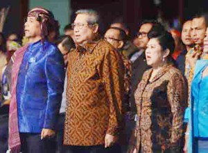 """...Mantan Presiden SBY Beserta Ibu Ani Yudhoyono, saat Menghadiri Perayaan Natal Nusantara, di Jakarta, Sabtu (21/01/2016)..."""
