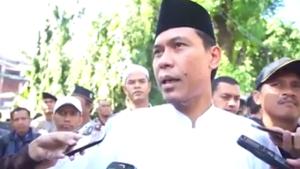 """""""...Munarman, Juru Bicara Front Pembela Islam (FPI)"""