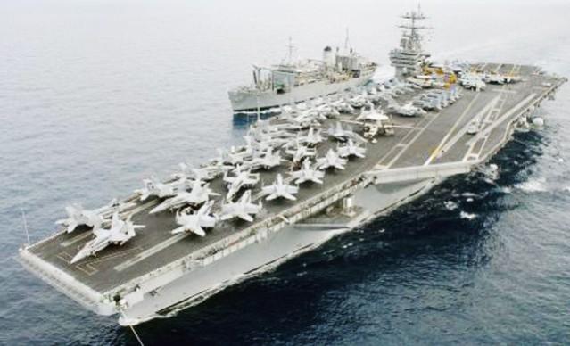 """""""....Kapal Induk Angkatan Laut Amerika Serikat, Saat Melakukan Patroli...."""""""